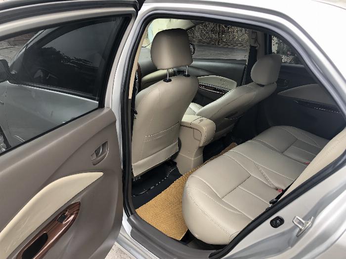 Một chủ bán xe VIOS 1.5E màu ghi bạc, sx cuối 11, chính chủ từ đầu 5