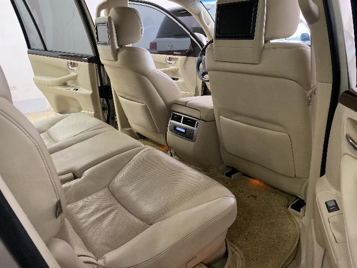 Lexus LX570 nhập Mỹ,màu vàng,nội thất kem,đăng ký 2016,xe siêu đẹp,biển Hà nội, 8