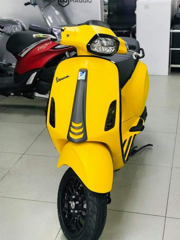 Cần Thanh Lý Gấp Vespa GTS150 Đời 2018 Lh:0899932532