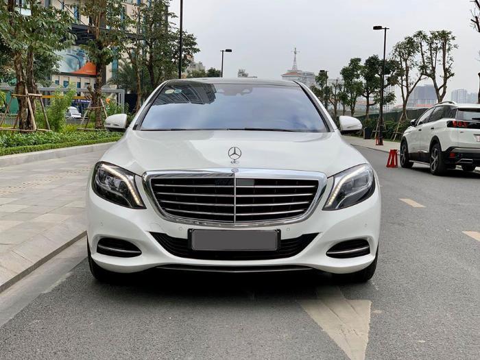 Mercedes-Benz S400 sản xuất năm 2017 Số tự động Động cơ Xăng