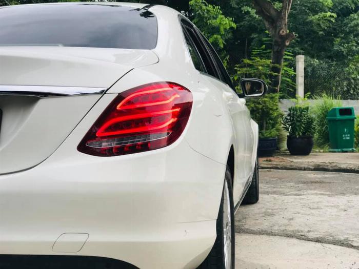Mercedes C250 Exclusive 2016 màu TRẮNG, nội thất KEM siêu hot- LH/ 0969.313.368