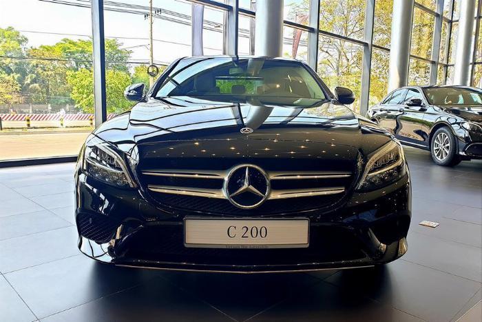 Mercedes Benz C200 hỗ trợ vay vốn lãi suất ưu đãi