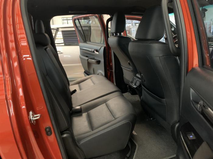 Toyota Hilux 2.8G AT, bảng Full, 2019 - nhập khẩu Thái, giá thương lượng tốt 5