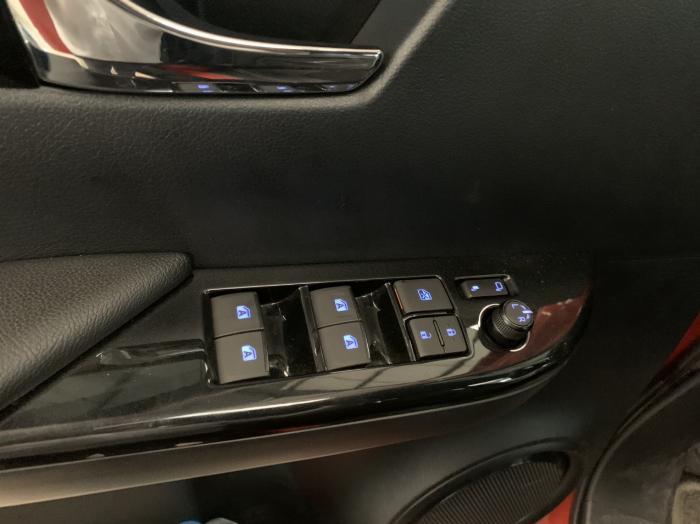 Toyota Hilux 2.8G AT, bảng Full, 2019 - nhập khẩu Thái, giá thương lượng tốt 3