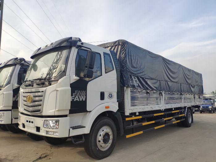 Xe tải 8 tấn - Xe tải Faw 7.25 tấn - Thùng Bạt Dài 9m7 - Động cơ Hyundai - Ga cơ 2017