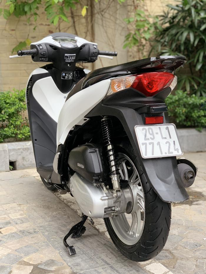 Cần bán SH Việt 125 Full nhập 2016 màu Trắng cực chất.