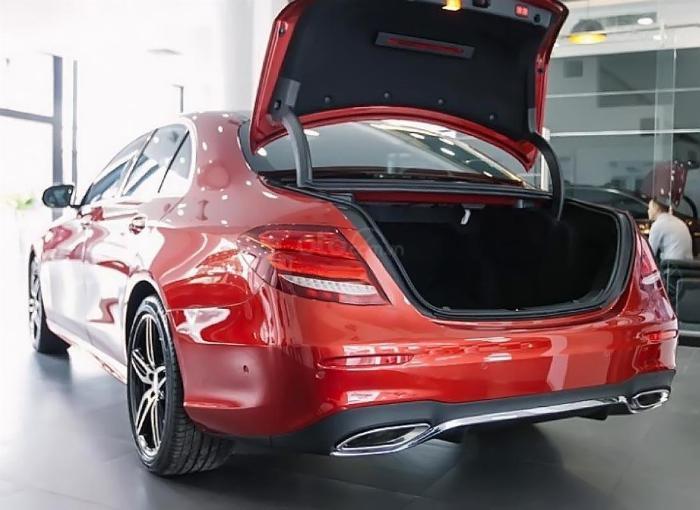 Mercedes E300 Đủ Màu, Ưu Đãi Lên Đến 230 Triệu 10