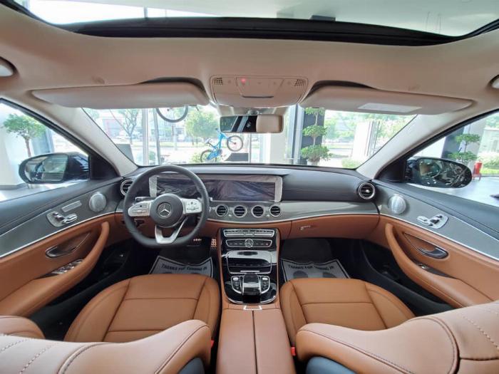 Mercedes E300 Đủ Màu, Ưu Đãi Lên Đến 230 Triệu 21