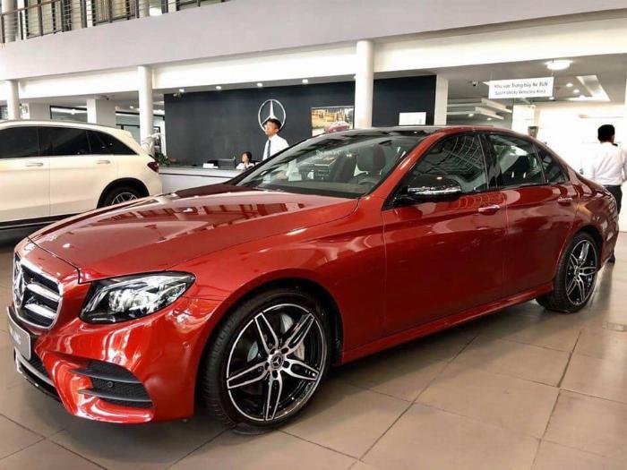 Mercedes E300 Đủ Màu, Ưu Đãi Lên Đến 230 Triệu 9