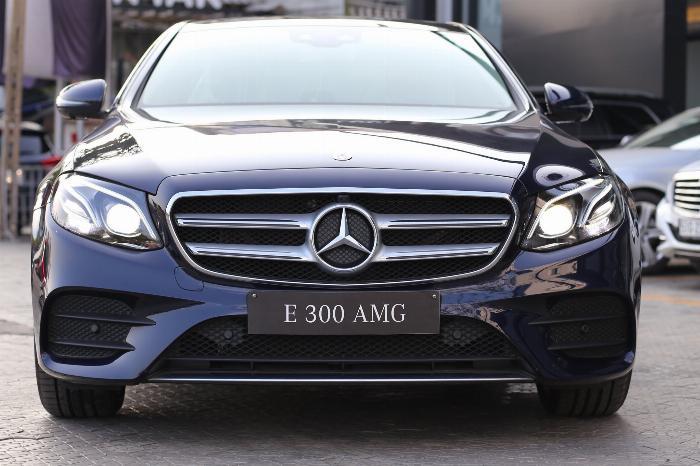 Mercedes E300 Đủ Màu, Ưu Đãi Lên Đến 230 Triệu 15