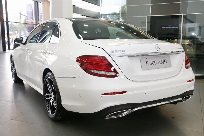 Mercedes E300 Đủ Màu, Ưu Đãi Lên Đến 230 Triệu 6