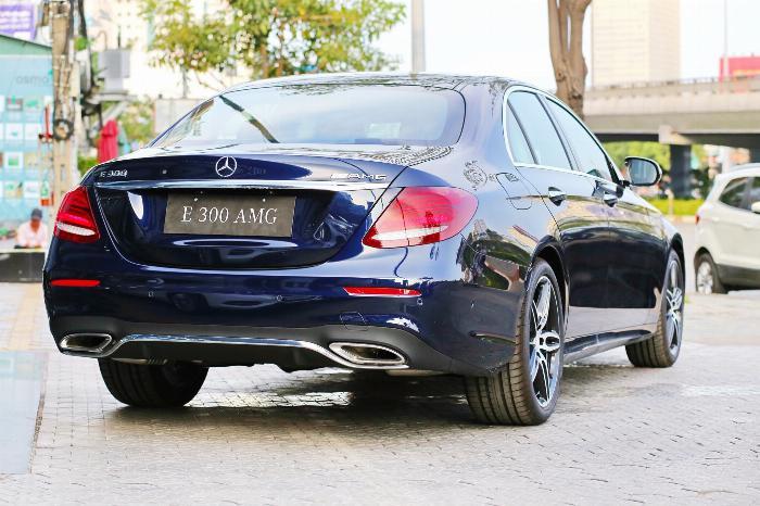 Mercedes E300 Đủ Màu, Ưu Đãi Lên Đến 230 Triệu 17