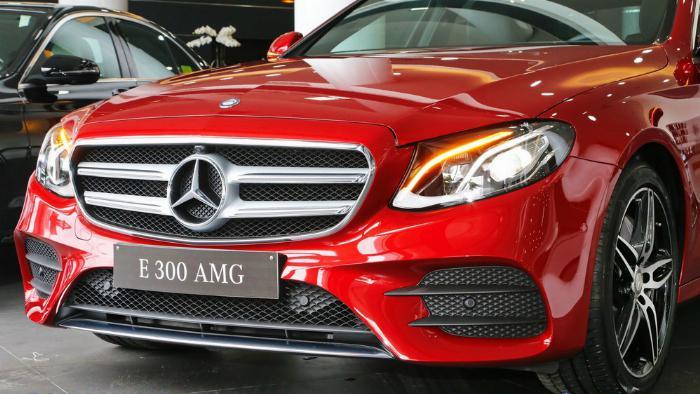 Mercedes E300 Đủ Màu, Ưu Đãi Lên Đến 230 Triệu 12