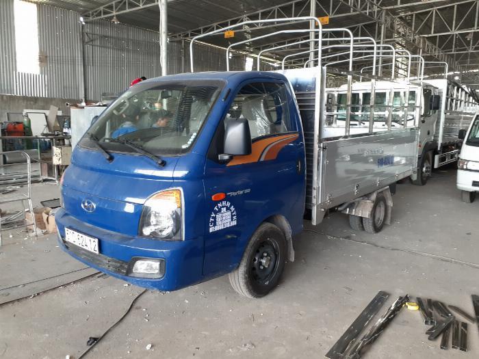 Xe tải Hyundai H150. Tải 1,45 tấn. trả trước 120 triệu có xe 0