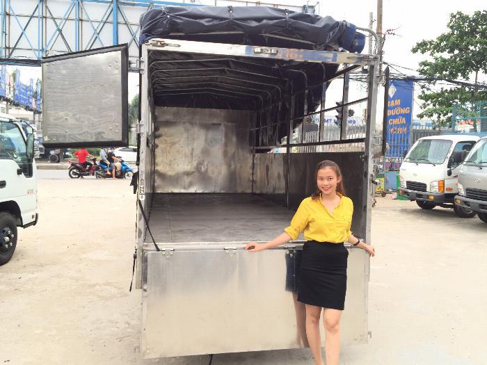 Xe tải Isuzu QKR77HE4 tải 1,9 tấn và 2,9 tấn, thùng mui bạt dài 4m3 2