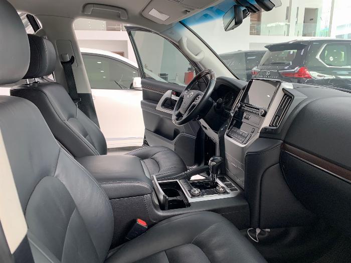 Bán Toyota Landcruiser model 2017 xe đẹp giá tốt 6