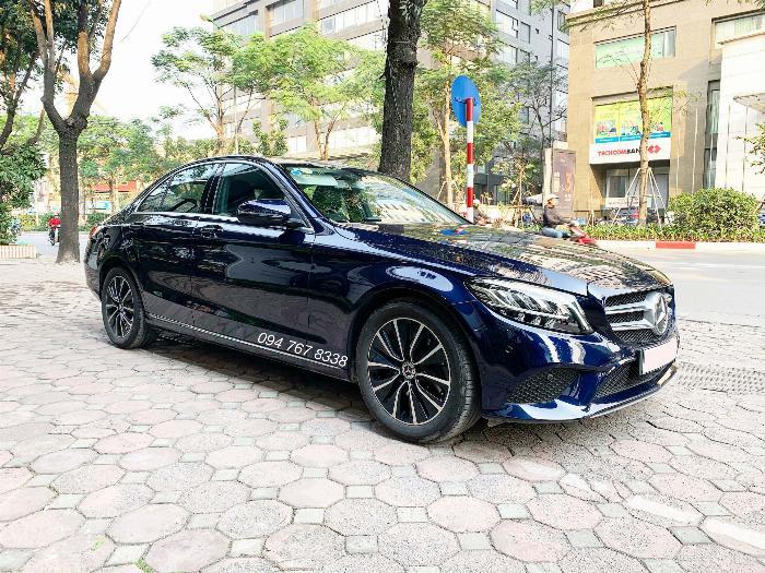 Bán Mercedes C200 2020 màu xanh siêu lướt giá tốt 2
