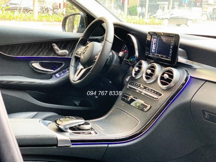 Bán Mercedes C200 2020 màu xanh siêu lướt giá tốt 6