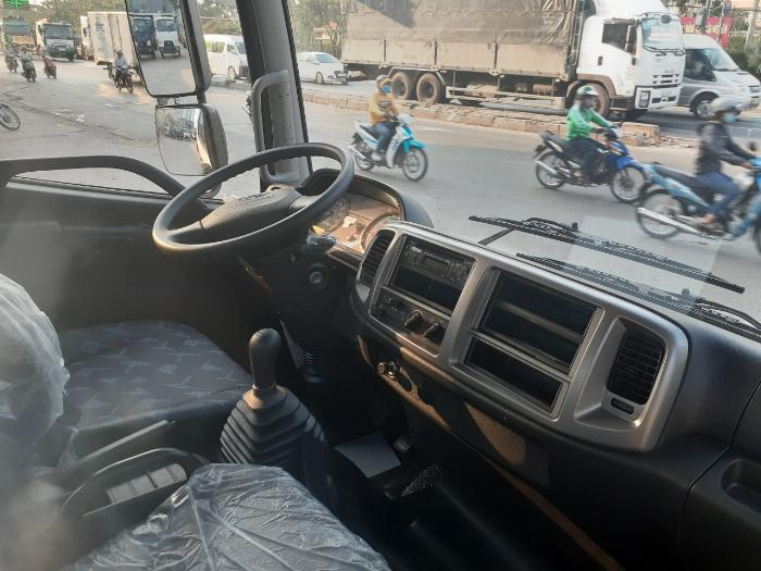 Xe tải Hino FC Tải 6 Tấn ( thùng bửng nhôm), Trả trước 300 triệu 4