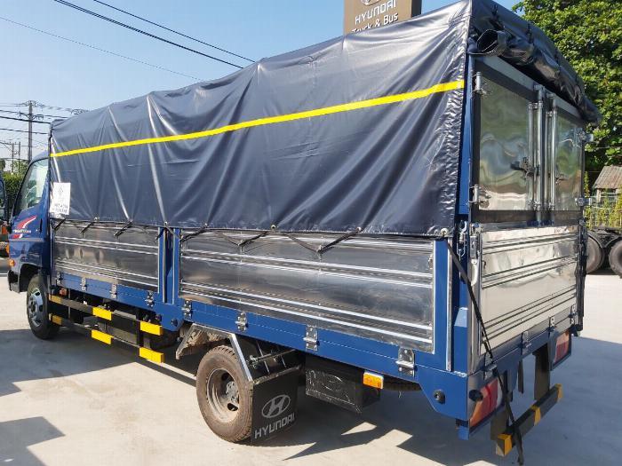 Xe tải Hyundai N250SL. tải 2,4 tấn, thùng dài 4m3 0