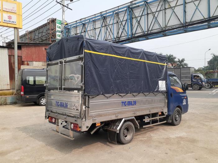 Xe tải Hyundai H150. Tải 1,45 tấn. trả trước 120 triệu có xe 7