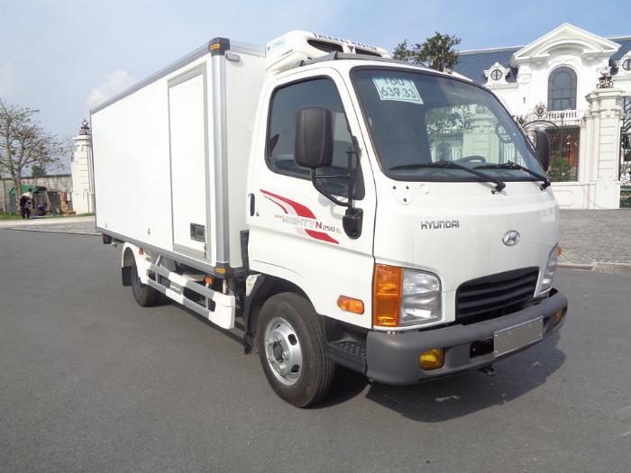 Xe tải Hyundai N250SL. Thùng Đông Lạnh Quyền 0