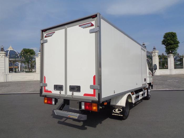 Xe tải Hyundai N250SL. Thùng Đông Lạnh Quyền 2