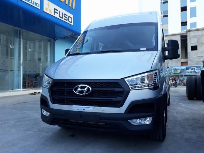 Giá xe Hyundai Solati 16 chỗ , Hổ trở trả góp 70 - 90% 1