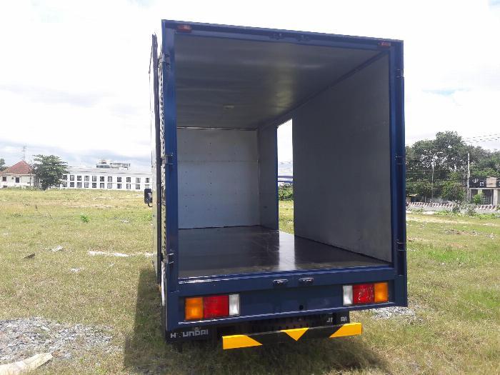 Xe Tải IZ49 Tải 1,9 2,4 tấn chạy vào thành phố. Hổ trợ 70 - 90% 2