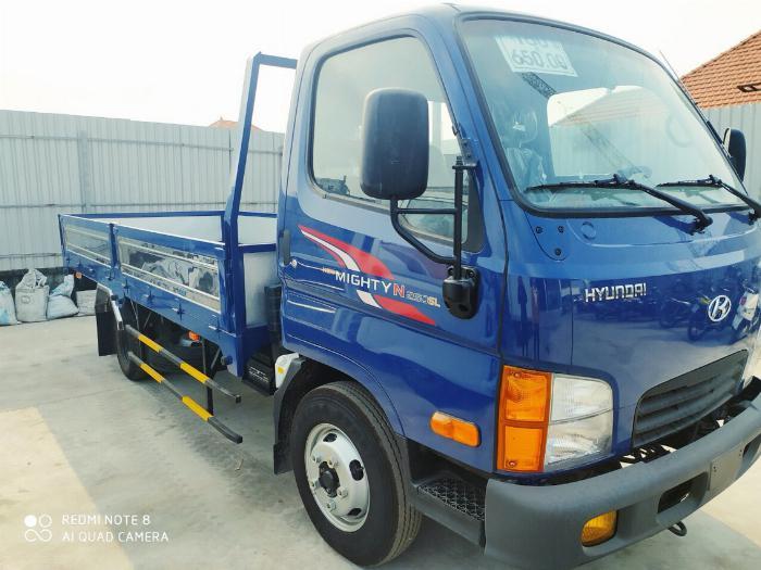 Giá Xe Tải Hyundai 2,4 tấn (New mighty N250SL) Thùng Lửng. Mua xe trả góp 70 - 90% 1