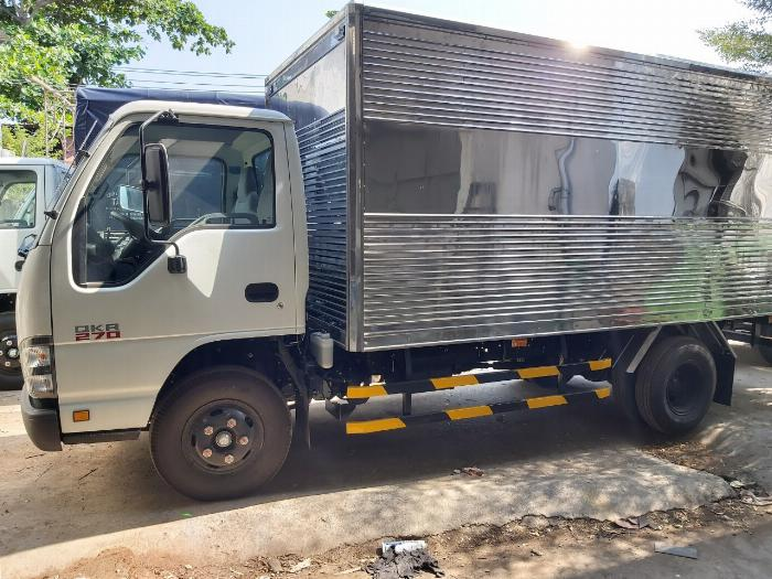 xe tải 1t9 isuzu qkr270 giao ngay