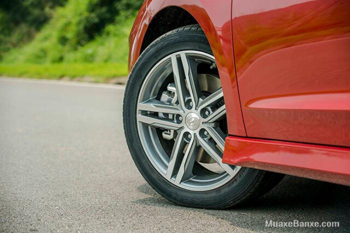 Hyundai Elantra 2020, đủ màu giao ngay 9