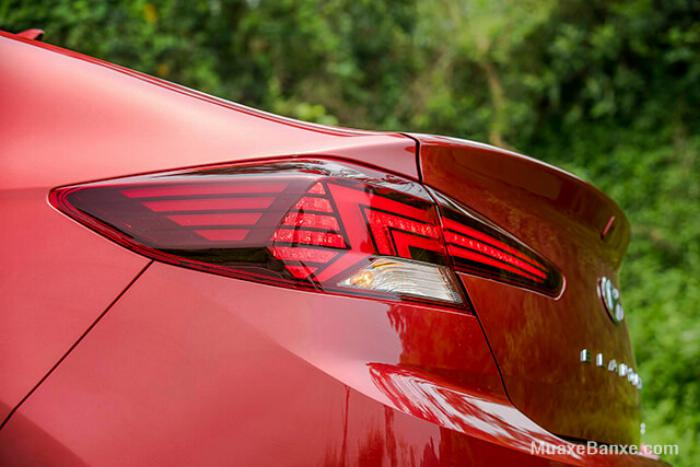 Hyundai Elantra 2020, đủ màu giao ngay 11