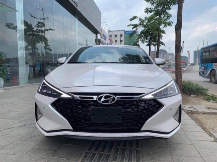 Hyundai Elantra 2020, đủ màu giao ngay 14