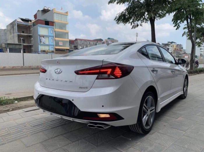 Hyundai Elantra 2020, đủ màu giao ngay 15