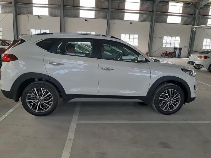 Hyundai Tucson 2.0 CRDi (Dầu) 2020 6