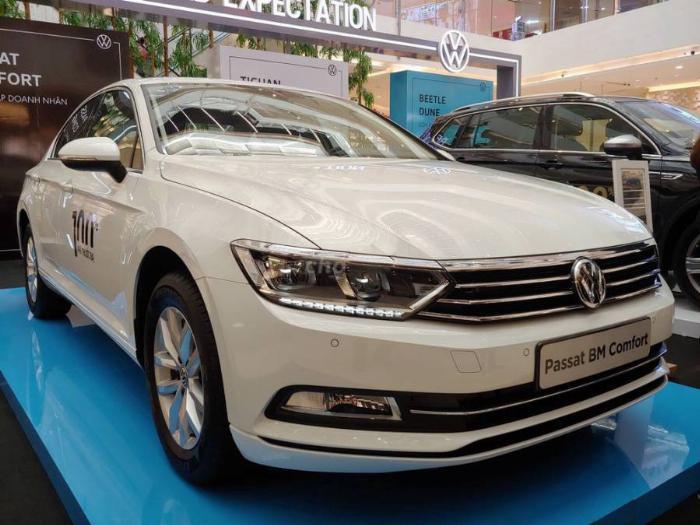 Passat BM Comfort sedan hạng sang,nhập khẩu Đức khuyến mãi khủng T3 2