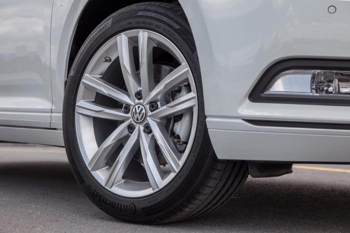 Passat BM Comfort sedan hạng sang,nhập khẩu Đức khuyến mãi khủng T3 6