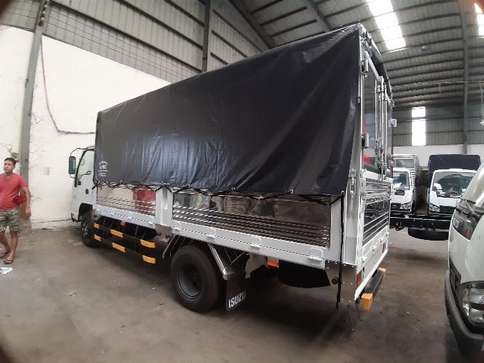 Xe Tải Isuzu QKR 270 2.9 tấn thùng bạt