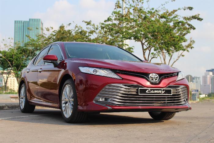 Toyota Camry sản xuất năm  Số tự động Động cơ Xăng