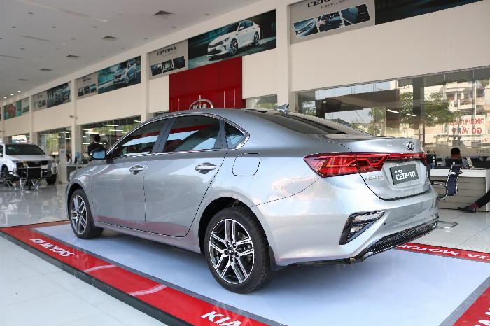 KIA Cerato 2020 Sô tự động 1.6AT Luxury. Tặng Bảo Hiểm + Phụ Kiện. Đưa trước 216 Triệu 3