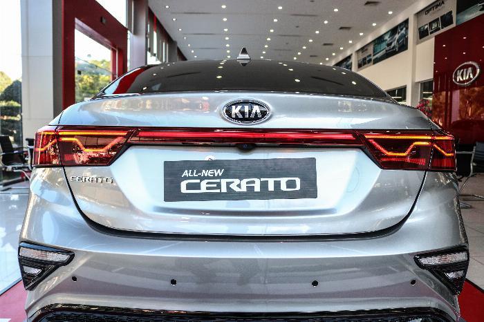 KIA Cerato 2020 Sô tự động 1.6AT Luxury. Tặng Bảo Hiểm + Phụ Kiện. Đưa trước 216 Triệu 6