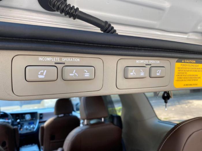 Toyota Sienna Limited 2020 nhập Mỹ 5
