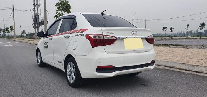 Cần bán Hyundai I10 số sàn 2017 full 1.2 màu Trắng 6