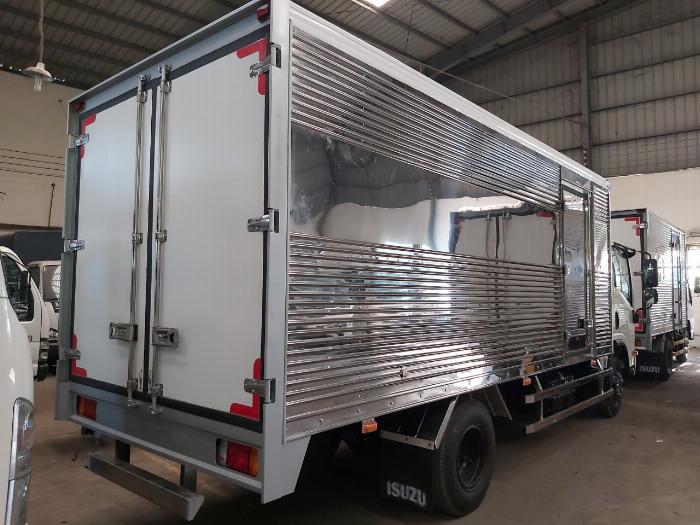 Xe tải Isuzu 3.5 Tấn NPR 400 Thùng Kín 2020 Trả Góp 3