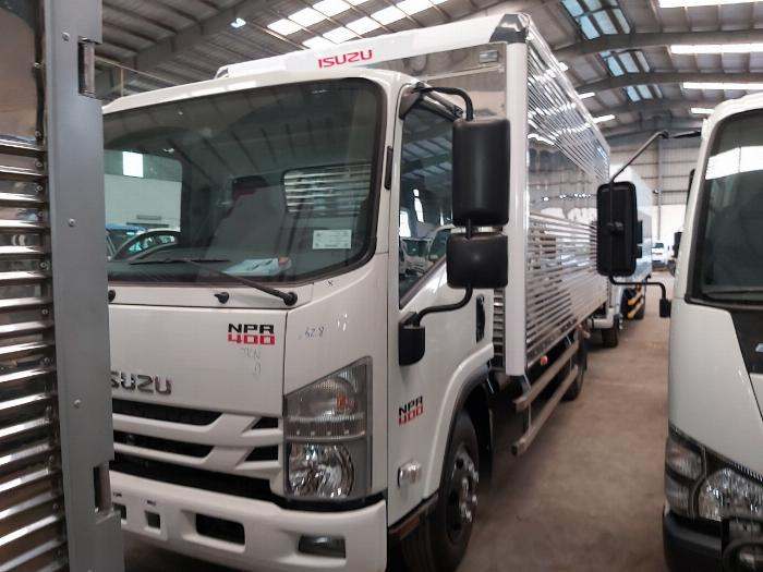 Xe tải Isuzu 3.5 Tấn NPR 400 Thùng Kín 2020 Trả Góp 1