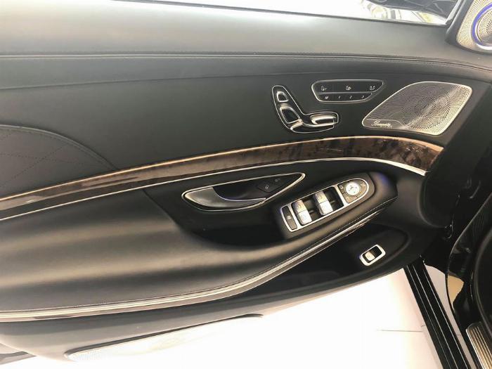 Maybach Khác sản xuất năm 2017 Số tự động Động cơ Xăng