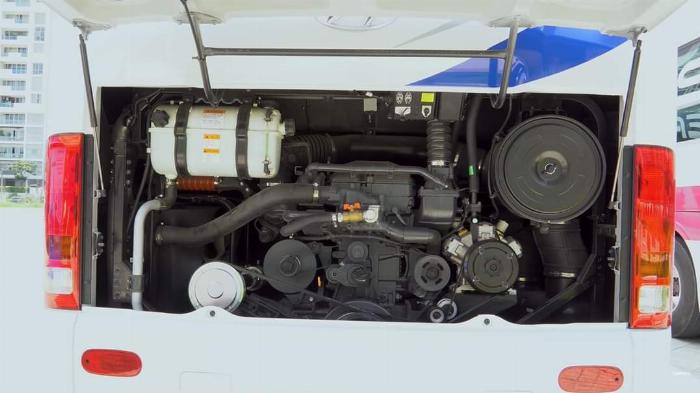Hyundai Unverse 2019 - xe khách 45 chỗ 3
