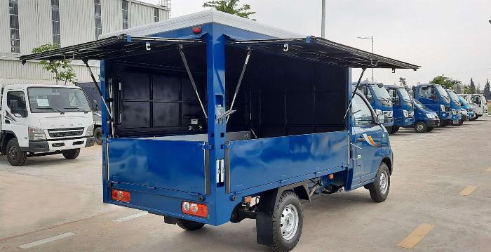 Xe tải Thaco Towner990 thùng bán hàng lưu động