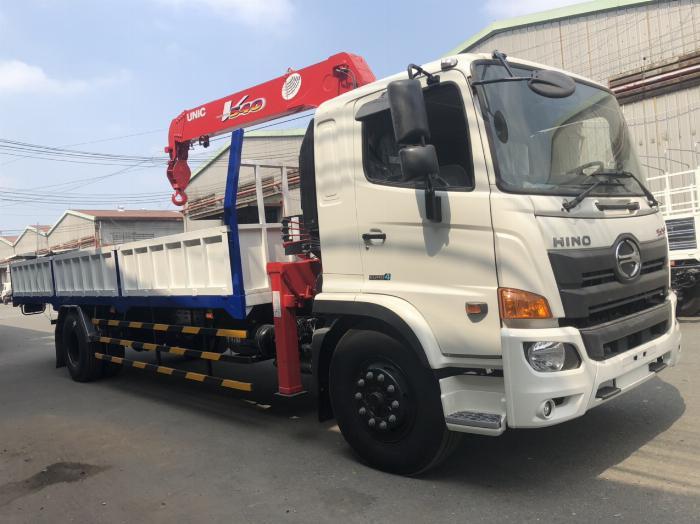 Xe tải Hino FG8JT7A-H  6 tấn 95 gắn cẩu Unic 5 tấn 5 đốt 0
